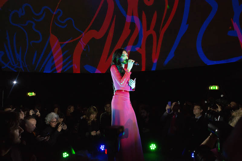 Conchita_performance_2-2