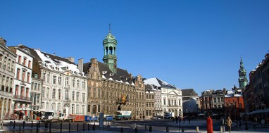 800px-0_Mons_-_Grand'Place_(2)